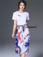 เสื้อผ้าเกาหลี พร้อมส่งD&G BIRD EMBROILED T-SHIRT +PRINTED FLOWER SKIRT SET