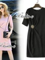 พร้อมส่ง Asymmetric Drape Mini Dress With Brooch
