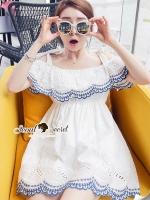 ชุดเดรสเกาหลี พร้อมส่งLovely OpenShoulder Perforate Dress
