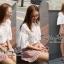 เสื้อผ้าเกาหลี พร้อมส่งเสื้อลูกไม้แขนศอกบานปลายแนววินเทจ thumbnail 4