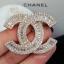 พร้อมส่ง Chanel Brooch ตัวนี้ค่ะ รุ่นนี้ใช้เพชร CZ แท้เกรดดีที่สุด thumbnail 5