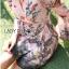 ชุดเดรสเกาหลี พร้อมส่งเดรสผ้าวิสโคสสีชมพูพิมพ์ลายธรรมชาติ thumbnail 4