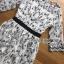 ชุดเดรสเกาหลี พร้อมส่งเดรสผ้าชีฟองสีขาวปักลายดอกไม้สีดำ thumbnail 19