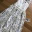 ชุดเดรสเกาหลี พร้อมส่งเดรสผ้าทูลล์ปักลายดอกไม้สีขาวและทองสุดหรู thumbnail 6