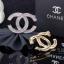พร้อมส่ง Chanel Brooch สไตล์ Logo ตัว C ดีไซด์เก๋ไก๋ เพชร 2 ชั้น thumbnail 2