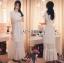 ชุดเดรสเกาหลี พร้อมส่งเดรสยาวผ้าลูกไม้สีขาวตกแต่งระบายสไตล์โรแมนติก thumbnail 3