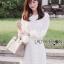 ชุดเดรสเกาหลี พร้อมส่งเดรสผ้าลูกไม้แขนชีฟองสีขาวสไตล์เฟมินีน thumbnail 3