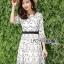 ชุดเดรสเกาหลี พร้อมส่งเดรสผ้าชีฟองสีขาวปักลายดอกไม้สีดำ thumbnail 9