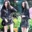 เสื้อผ้าเกาหลี พร้อมส่งเซ็ตเสื้อและกระโปรงลายดอกไม้จุดสีขาวดำสไตล์โบฮีเมียน thumbnail 7