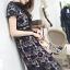 ชุดเดรสเกาหลี พร้อมส่งเดรสผ้าลูกไมลายดอกไม้สีน้ำเงินตกแต่งปกสีดำ thumbnail 2