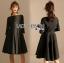 ชุดเดรสเกาหลี พร้อมส่งเดรสผ้าเครปสีดำและเข็มขัดหนังเงา thumbnail 4