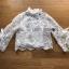 เสื้อผ้าเกาหลี พร้อมส่งเสื้อลูกไม้สไตล์โมเดิร์นวินเทจ คอประดับโบ thumbnail 16