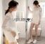 เสื้อผ้าเกาหลีพร้อมส่ง เสื้อยาวผ้าลูกไม้สีขาวทรงรวงผึ้ง thumbnail 5