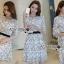 ชุดเดรสเกาหลี พร้อมส่งเดรสผ้าชีฟองสีขาวปักลายดอกไม้สีดำ thumbnail 13