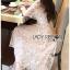 ชุดเดรสเกาหลี พร้อมส่งเดรสผ้าทูลล์ปักลายดอกไม้คัทเอาท์ไหล่ thumbnail 7