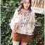 เสื้อผ้าเกาหลี พร้อมส่งเสื้อผ้าคอตตอนลินินปักลายดอกไม้ตกแต่งระบายสไตล์เฟมินีน thumbnail 9