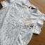 เสื้อผ้าเกาหลี พร้อมส่ง เสื้อผ้าลูกไม้สีขาวสไตล์คลาสสิก thumbnail 7