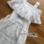 ชุดเดรสเกาหลี พร้อมส่งเดรสยาวเปิดไหล่ผ้าคอตตอนผสมซิลค์สีขาวประดับลูกไม้ thumbnail 10