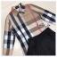 เสื้อผ้าเกาหลีพร้อมส่ง เสื้อเชิ้ตแขนยาวคอปกลายสุดคลาสสิคมาคู่กางเกงกระโปรงขาสั้น thumbnail 5