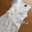 ชุดเดรสแฟชั่น พร้อมส่งเดรสแขนกุดผ้าลูกไม้สีขาวตกแต่งระบายด้านข้าง thumbnail 9