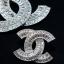 พร้อมส่ง diamond chanel เข็มกลัด &ต่างหู ทรงชาแนล ฝังเพชรสวิสแท้ thumbnail 4