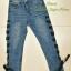 เสื้อผ้าแฟชั่นพร้อมส่ง กางเกงยีนส์ ขายาว แต่งตาไก่ร้อยเชือกผูกโบว์สีดำ งานสวยมาก thumbnail 4