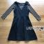 เสื้อผ้าเกาหลี พร้อมส่งเซ็ตเอี๊ยมเดรสสั้นสีดำทับเสื้อไหมพรมเนื้อบางยืดได้ลายขวาง thumbnail 12