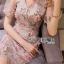 ชุดเดรสเกาหลีพร้อมส่ง เดรสผ้าออร์แกนซ่าพิมพ์และปักดอกกุหลาบสไตล์สมาร์ทเฟมินีน thumbnail 2