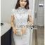 ชุดเดรสเกาหลี พร้อมส่งเดรสผ้าลูกไม้สีขาวตกแต่งหมุดและคริสตัล thumbnail 5