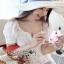 เสื้อผ้าเกาหลี พร้อมส่ง เสื้อฉลุดอกไม้สีขาว ทรงแขนตุ๊กตา thumbnail 9