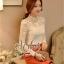เสื้อผ้าเกาหลี พร้อมส่ง เสื้อลูกไม้สีขาว ดีเทลแขนยาว ผ้าเกรดดีเนื้อนิ่มมาก thumbnail 2
