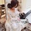 ชุดเดรสเกาหลี พร้อมส่งเดรสผ้าลูกไม้สีขาวงาช้างแขนบานพร้อมเข็มขัด thumbnail 4