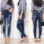 เสื้อผ้าเกาหลีพร้อมส่ง กางเกงยีนส์ทรงสกินนี่ สียีนส์เข้มแต่งเฟดสวย thumbnail 6