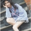เสื้อผ้าเกาหลี พร้อมส่งเชิ้ตลายทางสีฟ้าปักลายดอกไม้ thumbnail 4