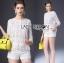 เสื้อผ้าเกาหลี พร้อมส่งเสื้อผ้าลูกไม้สีขาวซีทรูประดับชายพู่สไตล์เฟมินีน thumbnail 5