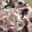 เสื้อผ้าเกาหลี พร้อมส่งบอมเบอร์แจ๊กเก็ตสีชมพูปักลายกุหลาบแดงสไตล์สปอร์ต thumbnail 10