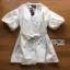 เสื้อผ้าเกาหลี พร้อมส่งเชิ้ตเดรสผ้าคอตตอนสีขาวตกแต่งลูกไม้สไตล์มินิมัลชิค thumbnail 13
