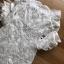 ชุดเดรสเกาหลี พร้อมส่ง เดรสผ้าลูกไม้สีขาวทรงเปิดไหล่ตกแต่งริบบิ้น thumbnail 13