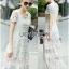 ชุดเดรสเกาหลี พร้อมส่งเดรสยาวผ้าลูกไม้สีขาวตัดต่อผ้าทูลล์สุดคลาสสิก thumbnail 6