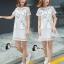 ชุดเดรสเกาหลี พร้อมส่ง มินิเดรสคอกลมสีขาว ผ้าตาข่ายปักลายการ์ตูนแมวขอบดำ thumbnail 4