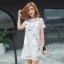 ชุดเดรสเกาหลี พร้อมส่ง มินิเดรสคอกลมสีขาว ผ้าตาข่ายปักลายการ์ตูนแมวขอบดำ thumbnail 3