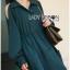 เสื้อผ้าเกาหลี พร้อมส่งเชิ้ตเดรสคัทเอาท์ไหล่ตกแต่งกระดุม thumbnail 7