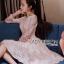 ชุดเดรสเกาหลี พร้อมส่งเดรสทรงเปิดไหล่ผ้าลูกไม้สีขาวทับผ้าสีชมพูโอลโรส thumbnail 6