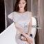 ชุดเดรสเกาหลี พร้อมส่งเดรสแขนกุดผ้าลูกไม้สีขาวตกแต่งระบายด้านข้าง thumbnail 1