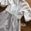 เสื้อผ้าเกาหลี พร้อมส่งเชิ้ตเดรสผ้าคอตตอนสีขาวตกแต่งลูกไม้สไตล์มินิมัลชิค thumbnail 12