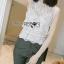 เสื้อผ้าเกาหลีพร้อมส่ง เสื้อผ้าลูกไม้ขาวทรงแขนกุดพร้อมซับในสีนู้ด thumbnail 3