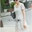ชุดเดรสเกาหลี พร้อมส่งเดรสยาวผ้าลูกไม้สีขาวตัดต่อผ้าทูลล์สุดคลาสสิก thumbnail 2