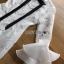 เสื้อผ้าเกาหลี พร้อมส่ง เชิ้ตเดรสผ้าลูกไม้ตกแต่งริบบิ้นสีดำแขนระบาย thumbnail 15
