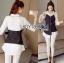 เสื้อผ้าเกาหลี พร้อมส่งเชิ้ตเดรสผ้าคอตตอนสีขาวทับด้วยสายเดี่ยวสีดำลายทาง thumbnail 5