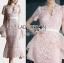 ชุดเดรสเกาหลี พร้อมส่งเดรสผ้าลูกไม้สีชมพูอ่อนตกแต่งระบายผ้าออร์แกนซ่า thumbnail 4
